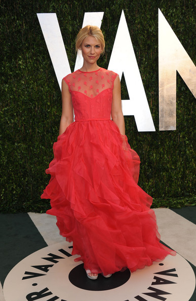 Claire Danes in Valentino. No words except stunning. STUNNING.