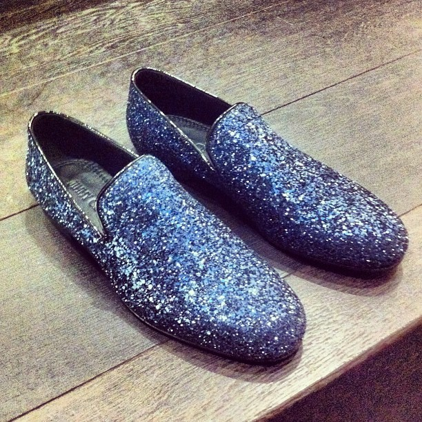 Upgrade your evening attire with these rather impressive blue slippers from Jimmy Choo (available on site at http://bit.ly/zaUOh9)