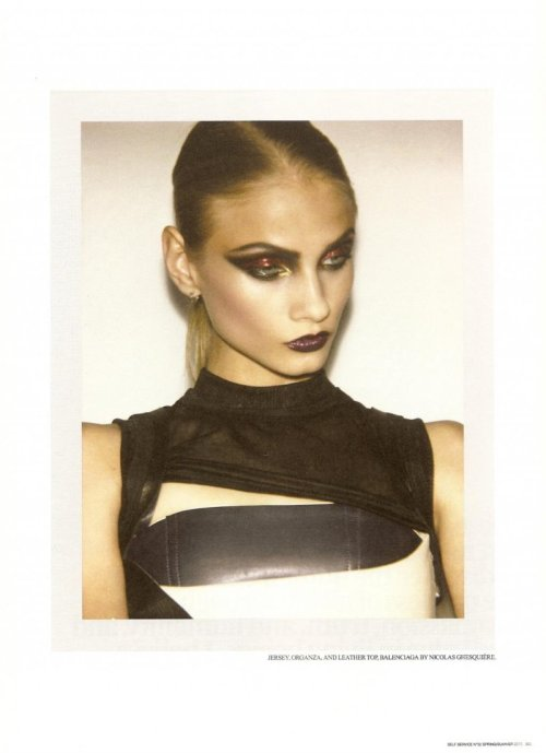 (via Malgosia Bela & Anna Selezneva for Self Service...