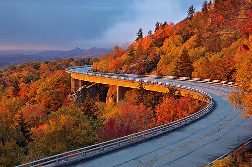 Linn Cove Viaduct (by Ben_D)