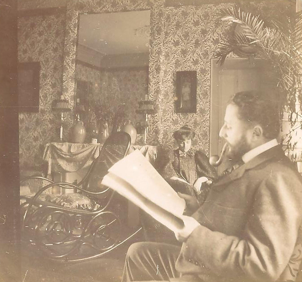 La Lettre de la Photographie   Edouard Vuillard, Thadée and Misia Natanson in the salon Edouard Vuillard, Thadée and Misia Natanson in the salon, rue St. Florentin, 1898. Gelatin silver print, 3 1/2 x 3 1/2 in. Private collection. © 2012 Artists Rights Society (ARS), New York.