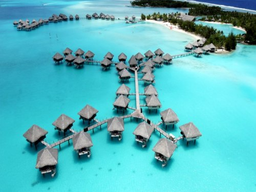 12 Hotels with Overwater Bungalows | Le Méridien Bora Bora, French Polynesia