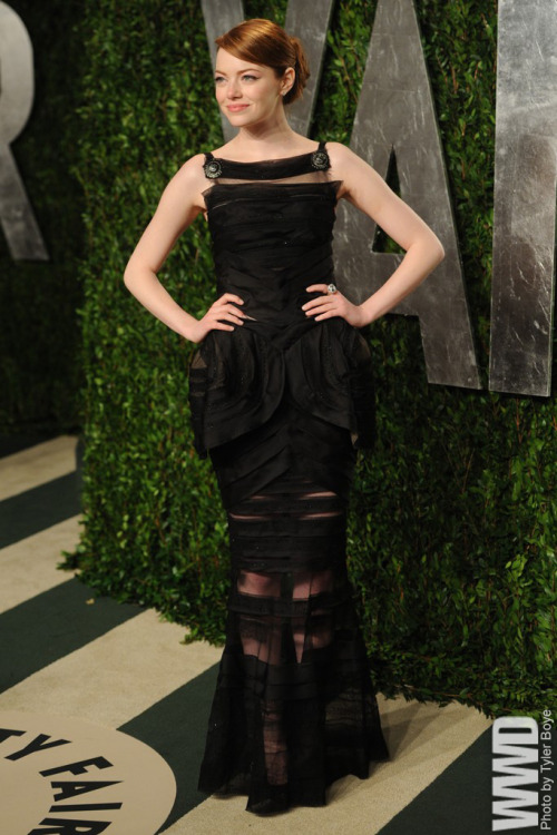 womensweardaily:  Vanity Fair's Annual Post-Oscar Bash Emma Stone in Chanel Haute Couture  yes