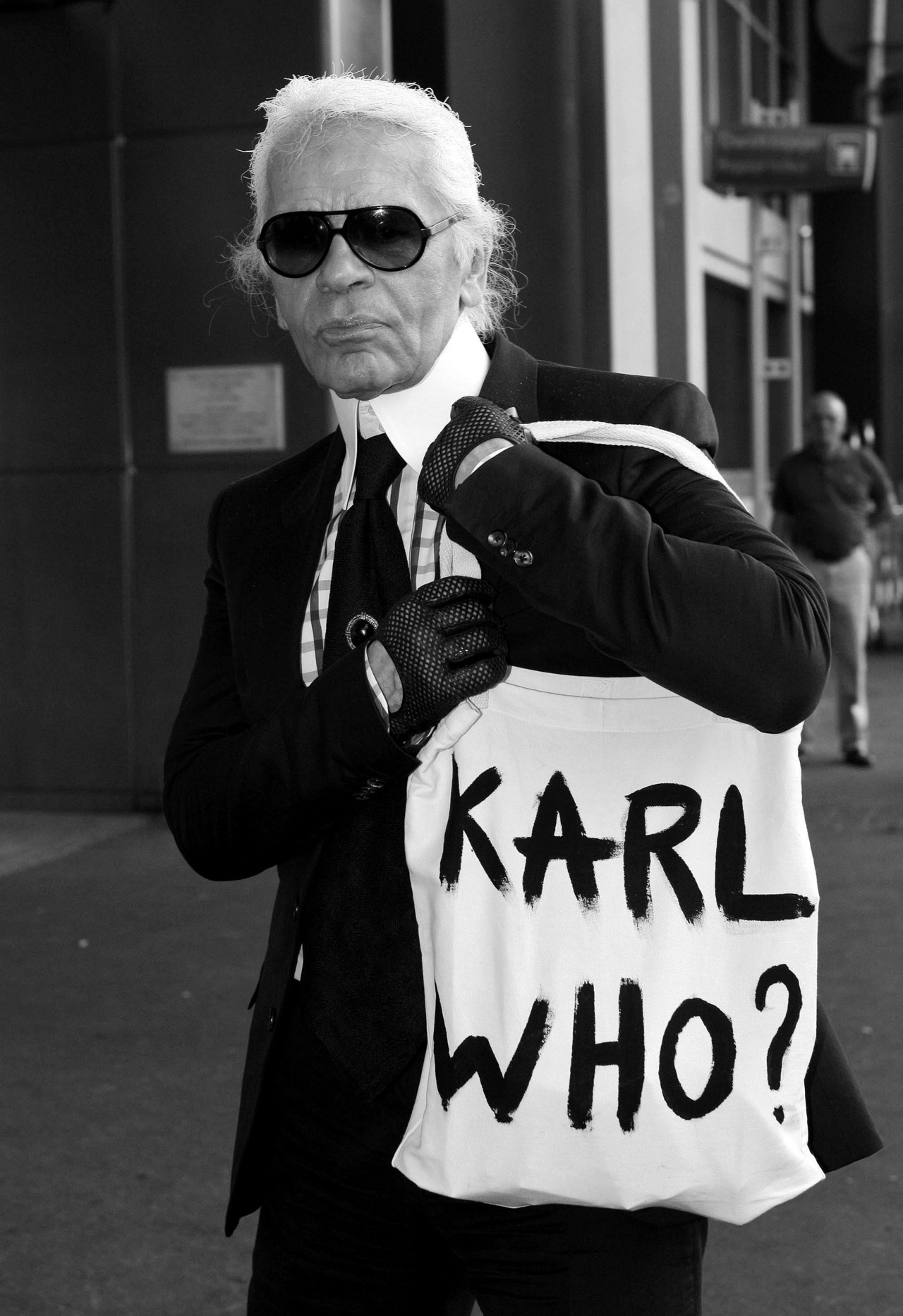 the-louvre:  Who the fuck is Karl?