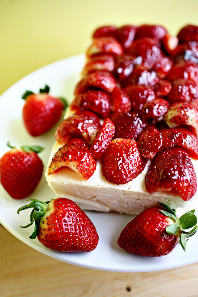 gastrogirl:  meyer lemon ice cream cake with strawberries and almonds.