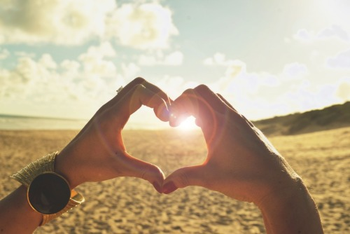 never-give-up-on-true-love:  I want summer, and I want you <3