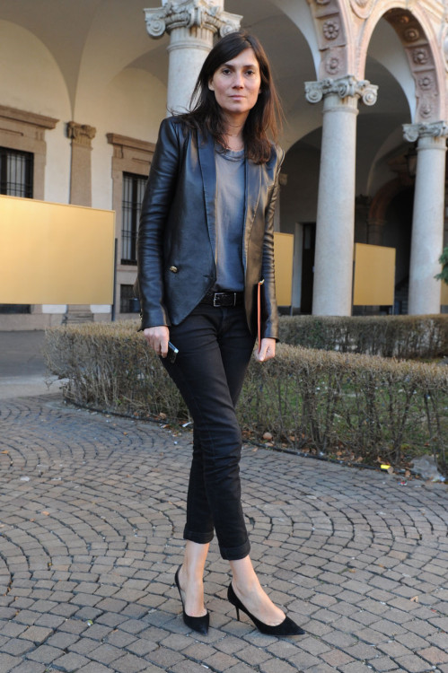 Emmanuelle Alt (via Fashion Editor Street Style: Milan Fashion Week Fall 2012 (Forum Buzz))