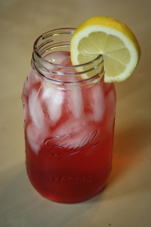 Raspberry Lemonade 4 Raspberry Zinger tea bags 4 1/2 cups of water 1/2 - 3/4 cup of agave nectar 1 cup fresh squeezed lemon juice (about 10-12 lemons) Bring the water to a boil then turn off the burner and add the tea bags. Steep for about 10 minutes. While the tea is steeping, juice your lemons. Pour the juice along with the agave nectar into a pitcher. When the tea is done add it to the pitcher and stir everything together. Drink with plenty of ice and additional lemon slices. Feel free to dilute it with more water if it tastes too strong.