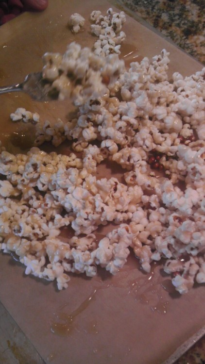 Vegan Caramel + Popcorn= Perfection! This is by far my new favorite gluten free dairy free treat.  <3 staying tasty