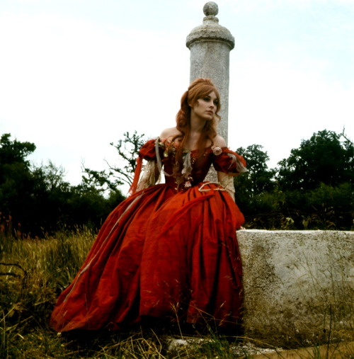 lynxolita:  Sharon Tate in The Fearless Vampire Killers (1967)