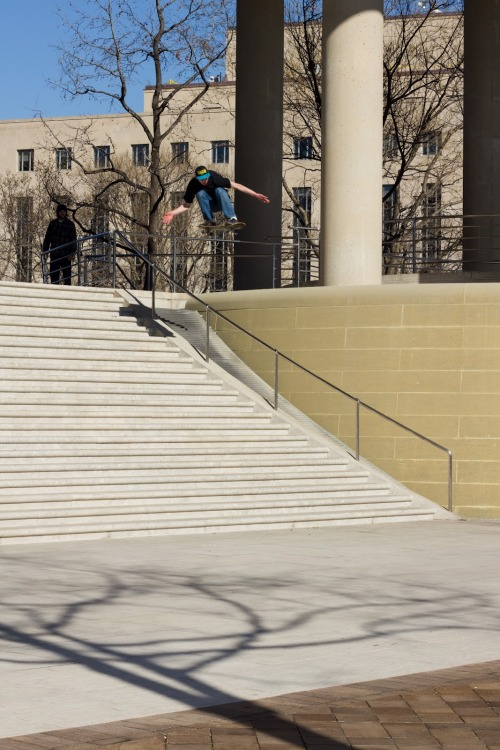 mostlyskateboarding:  Brandon Bonner ollied the Canadian Embassy in DC. Many have tried over the years.  fucking FINALLY