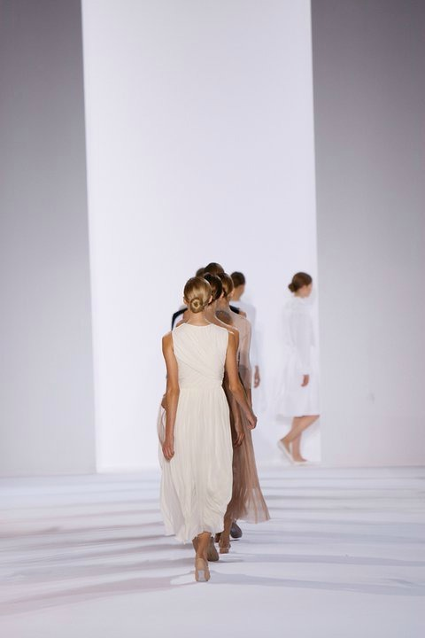deauthier:  The finale at Chloé spring/summer 2011.