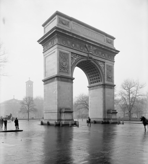 The Arch… nprfreshair:  Washington Arch c. 1900