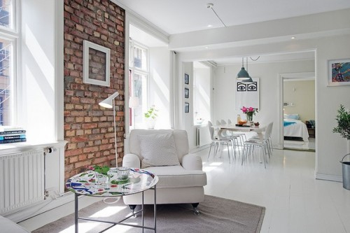 myidealhome:   exposed bricks