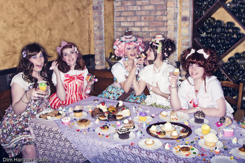 Lolitas and Candy by ana_aesthetic on Flickr.