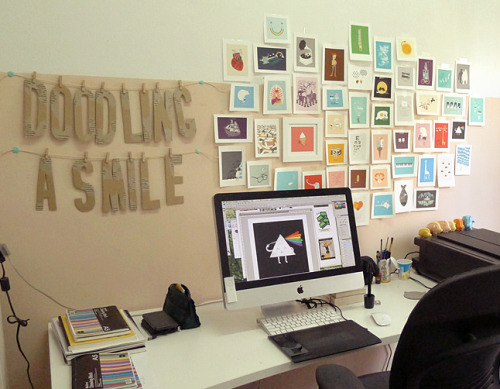 Doodle Everyday workspace (via Threadless)