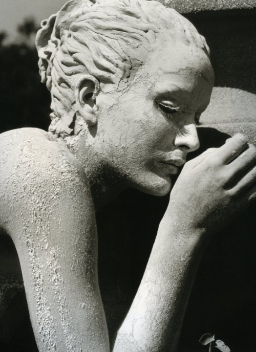 Herb Ritts - Georgina, Santa Barbara, 1996