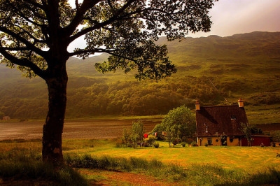Lochside Cottage by paddimir on Flickr.