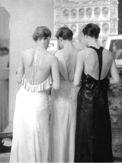 adelinesattic:  Early 1930s gowns and hairstyles, as viewed from back.