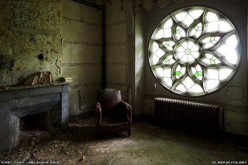 dsankt:  Abandoned chateau GP, found on the continent.