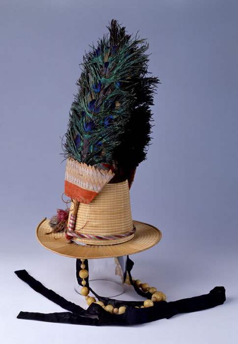 centuriespast:  Rush hat, 19th Century Korean Art Collection Peabody Essex Museum  Now THIS is a muthaeffin HAT!