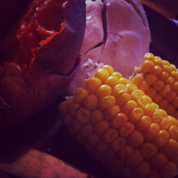 Chicken, sweet po-ta-to and sweet corn for dinner #nom #dinner #meal #chicken #mmm #healthy  (Taken with instagram)