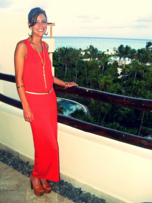 Coral maxi dress from F21, Jessica Simpson shoes