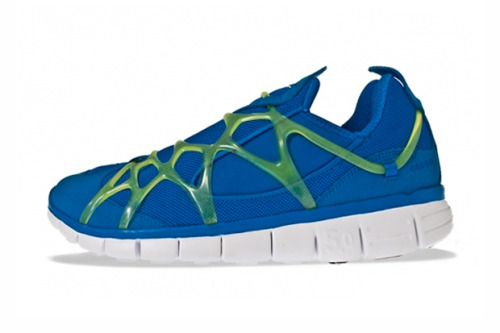 NIKE KUKINI FREE A sneaker that may have suffered from being too innovative in its design its first time out of the gate, this rerelease of the Nike Kukini Free sees a royal blue and black colorway with details in neon green and grey that sit atop an all-white sole with rectangular shapes portioned out. Pre-order the shoe now at Titolo for €134 EUR (approximately $180 USD), and expect release information in the States soon enough.