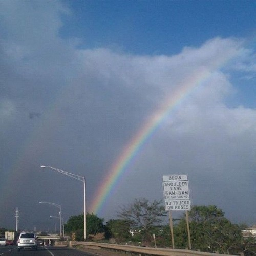 Rainbow🌈 Hawaii🌴 #instagram #instagramhi #hawaii #picoftheday #photooftheday #pictureoftheday #beautiful #pretty #lovely #rainbow  (Taken with instagram)