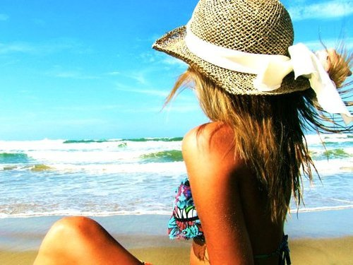 sand-love-beach-hugs:  ☀ FULL TIME SUMMER BLOG ☀ http://sand-love-beach-hugs.tumblr.com/
