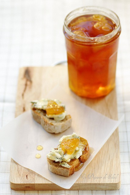 Apricot jelly that looks like iced tea out of jars? I'm in.