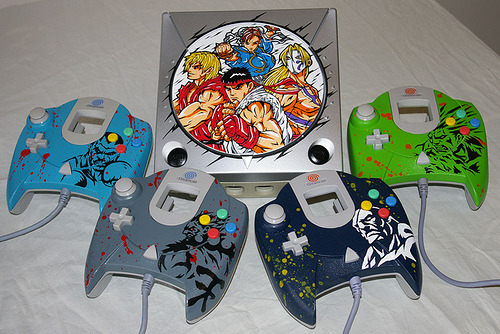 A Little Bit On The Custom Console Side: Street Fighter Dreamcast by OSKUNK.