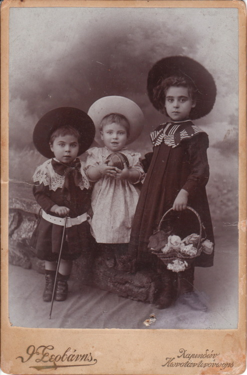 Three children in Constantinople, Ottoman Empire via