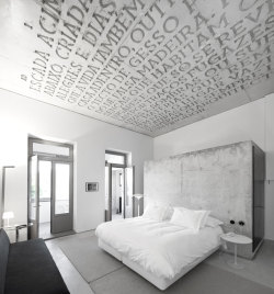Casa do Conto (House of Tales), arts&residence – a new Hotel design concept in the Cedofeita area in central Porto, Portugal; the lovely XIX Century Oporto House was being restored by Pedra Líquida.