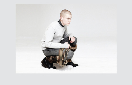 rvlvr:  Nom de Guerre F/W '09    damn RIP NDG. I remember these furry boots though when they dropped lol