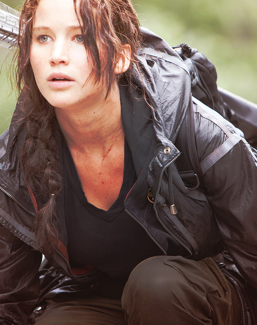 loveismyweaponnnn:  fixxintothrill:  Jennifer Lawrence LOVE ME DOWN.  I second that.  She's sooooo hot!!