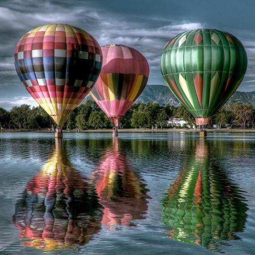 Hot air Balloons by artemis