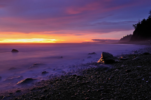 Olympic Pacific Coast Last Light Catchers by Fort Photo on Flickr. Washington State.
