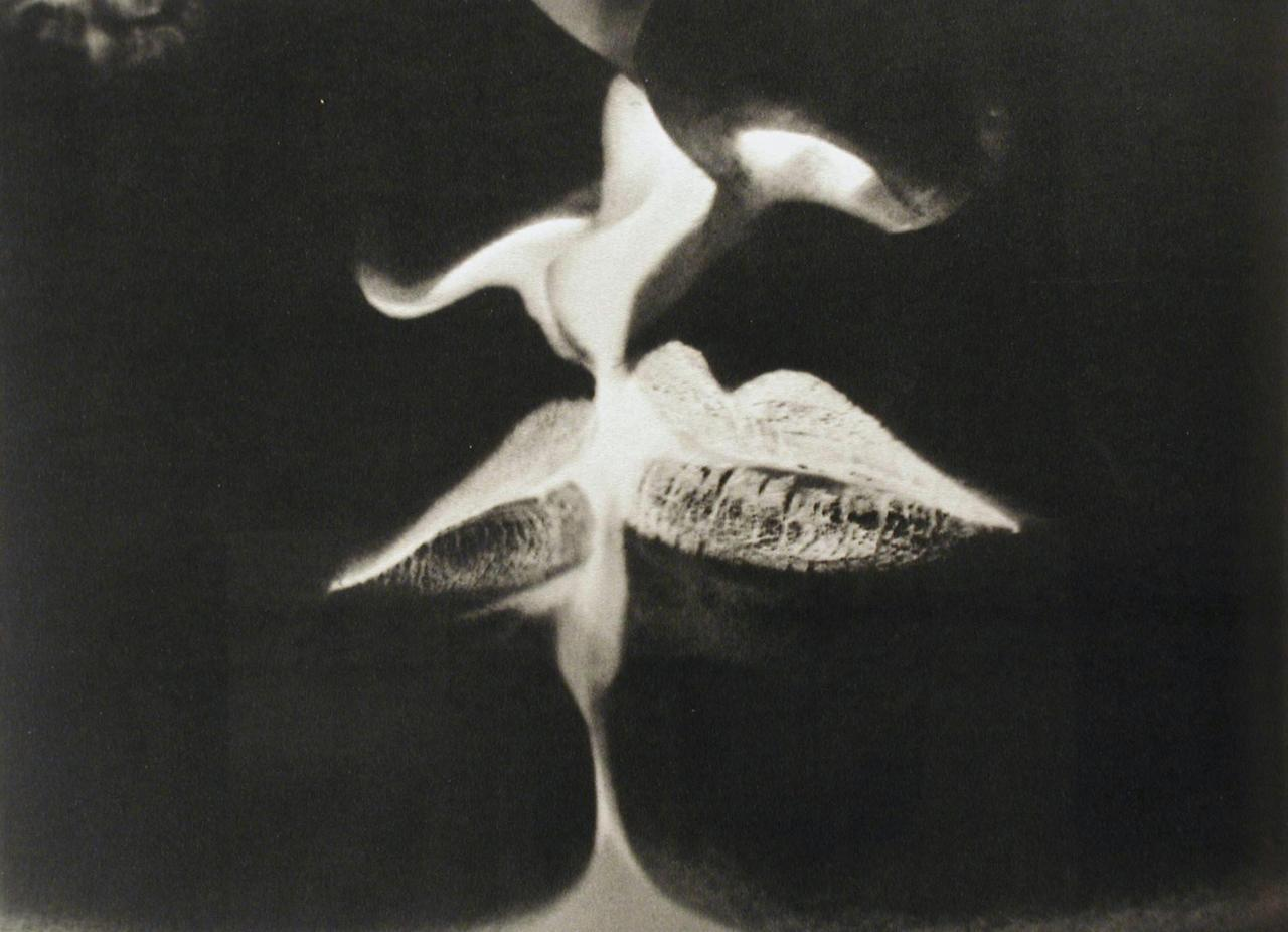 Man Ray - Negative Kiss, 1935