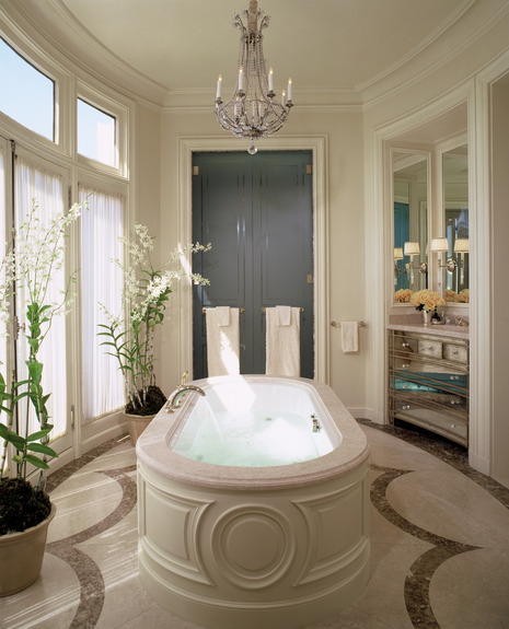 georgianadesign:  Master bath in Paris. Andrew Skurman Architects.