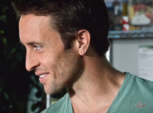 pinkiepie230:  The smile that's melted a million hearts. #AlexOLoughlin as #SteveMcGarrett in #H50