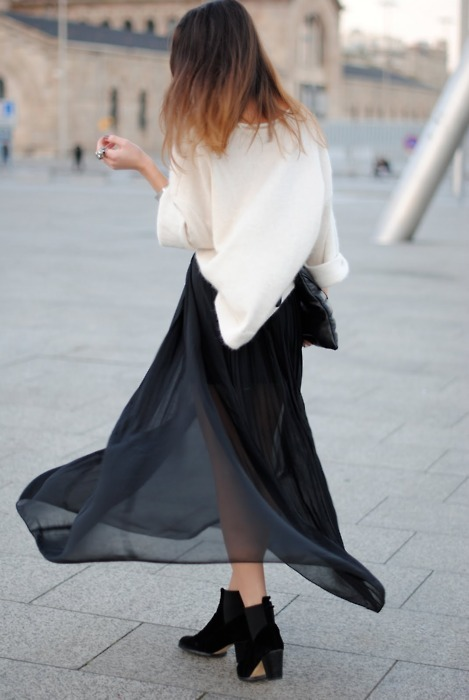 globalstreetfashion:  paris street style : love your dress, awesome look