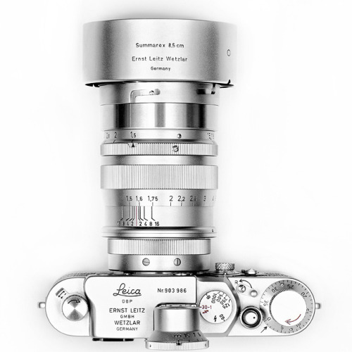 LEICA LEITZ SUMMAREX 85 MM 8.5 CM F/1.5 LENS. Anyone have a spare $2,900?