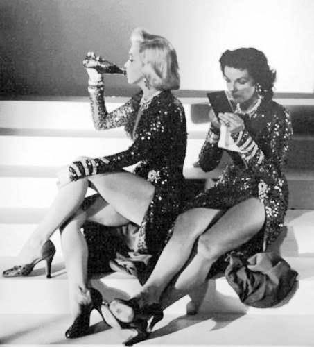 HAVE A BREAK … HAVE A BEER … Marilyn Monroe and Jane Russel