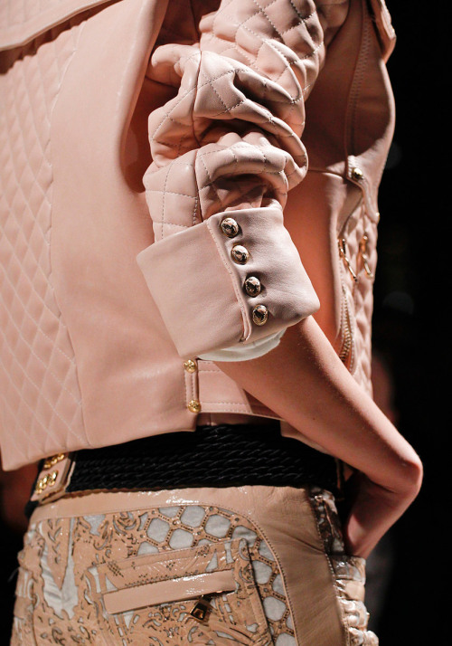 thefashionatelier:   Paris Fashion Week Balmain Autumn/Winter 2012/2013