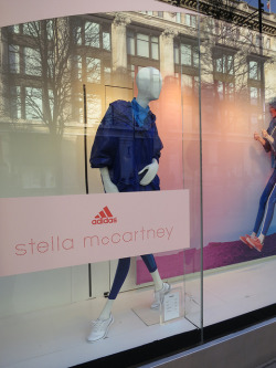 ADIDAS and STELLA McCARTNEY prove with this qunt that impossible really is nothing. Well done.