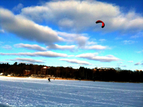 Kitesurfing on ice on Flickr.