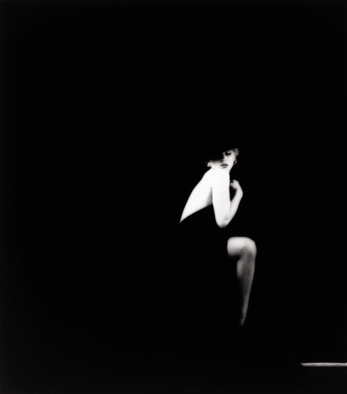 "onlyoldphotography:  Milton Greene: Marilyn Monroe ""The Black sitting"", 1956"