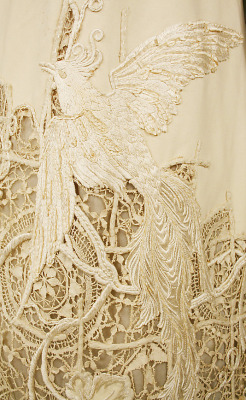 createcreatively:  American silk dress (detail), 1904