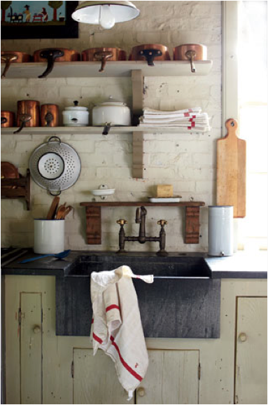 oneseventwoseven:  what a beautiful kitchen… I can imagine making pies here and leaving them in front of the window to cool.